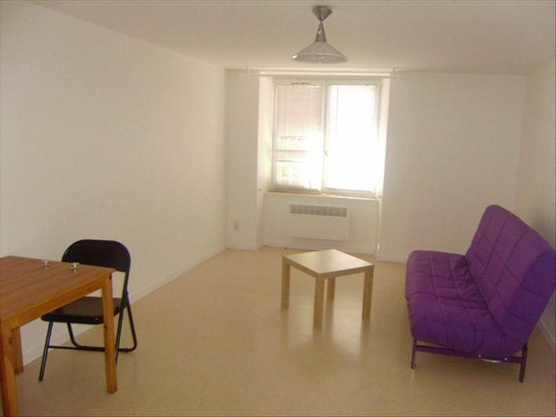 Rental apartment Le puy en velay 291,79€ CC - Picture 1