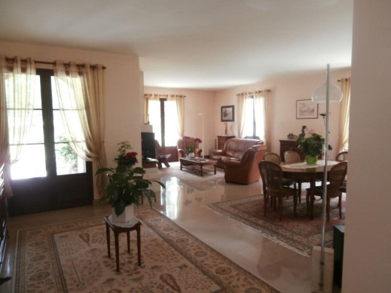 Sale house / villa Ginestet 370 000€ - Picture 3