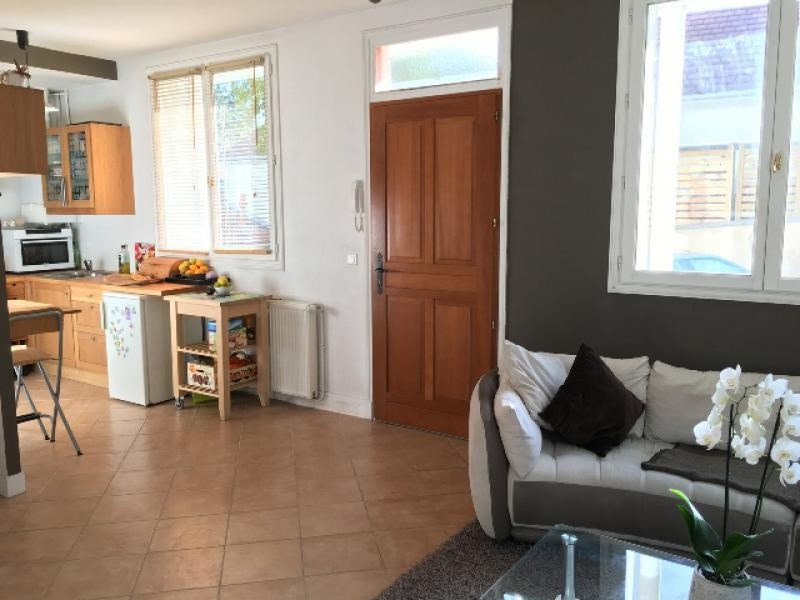 Sale apartment Villennes sur seine 235 000€ - Picture 1