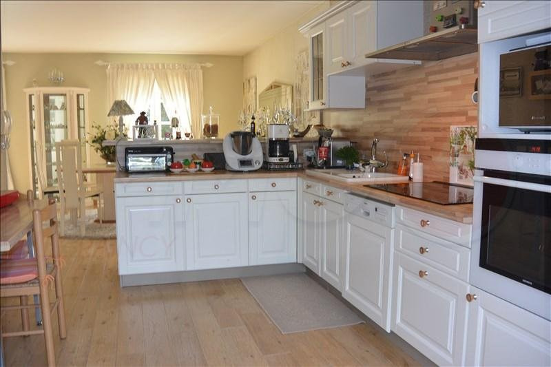 Sale house / villa Livry-gargan 385000€ - Picture 5