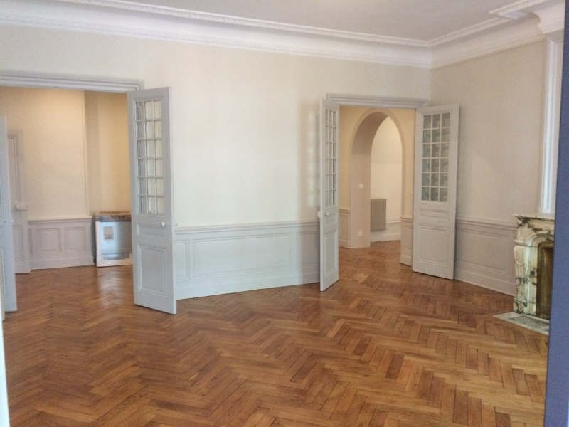 Location appartement Lyon 3ème 2 980€ CC - Photo 4