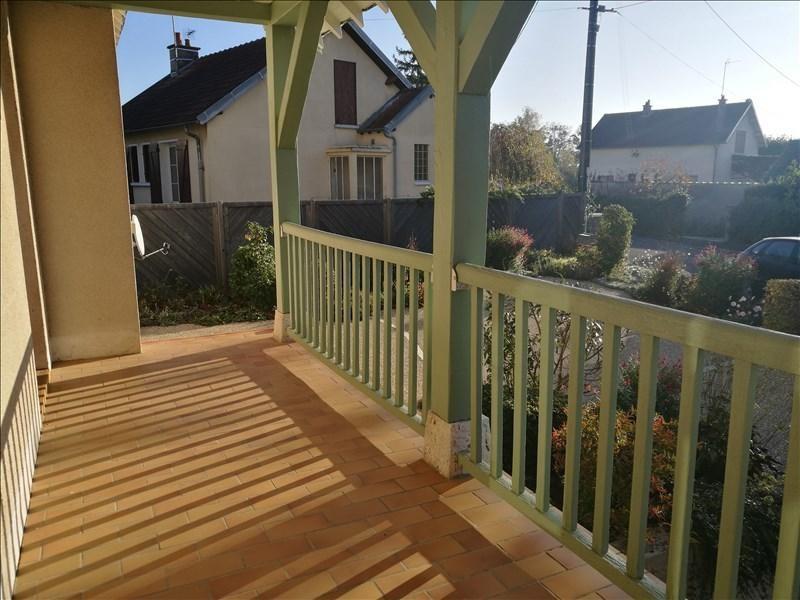 Sale house / villa La chaussee st victor 253000€ - Picture 3