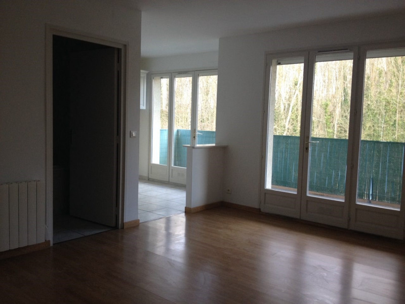 Rental apartment Longpont sur orge 700€ CC - Picture 1