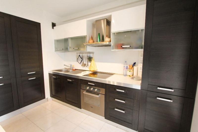 Sale apartment Juan les pins 349000€ - Picture 3