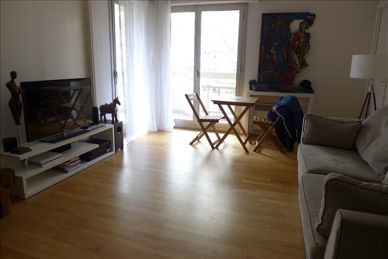 Rental apartment Courbevoie 870€ CC - Picture 2