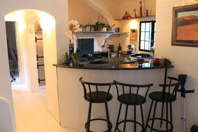 Sale house / villa Belgentier 548000€ - Picture 7