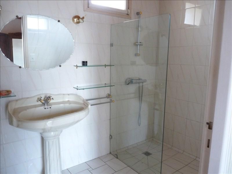 Sale house / villa Roquefort 315000€ - Picture 7