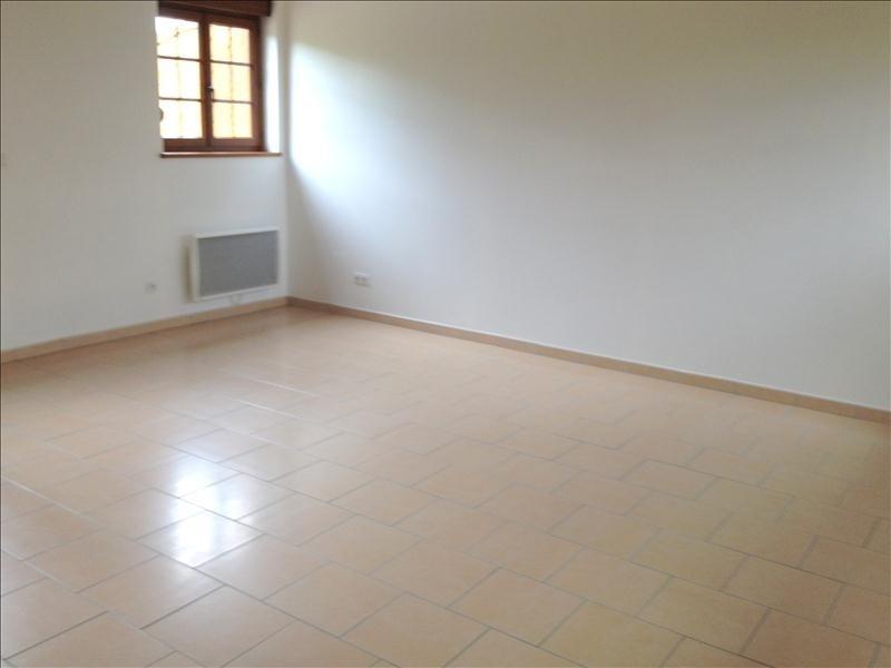 Location maison / villa Formentin 800€ CC - Photo 8