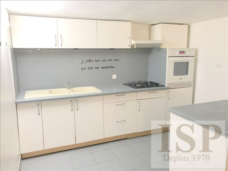 Rental apartment Les pennes mirabeau 691€ CC - Picture 1