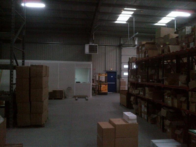 Location Local d'activités / Entrepôt Creil 0