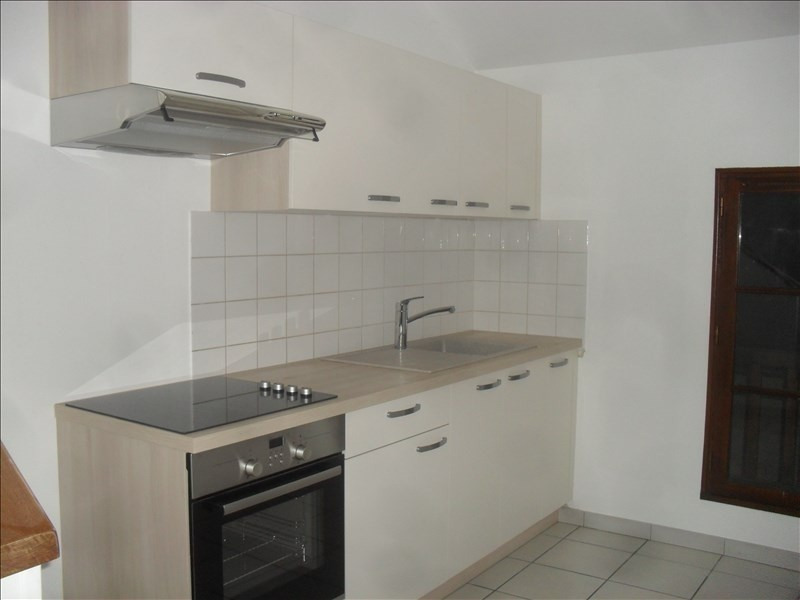 Rental apartment Auxerre 355€ CC - Picture 3