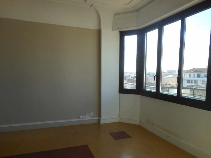 Rental apartment Nimes 745€ CC - Picture 1