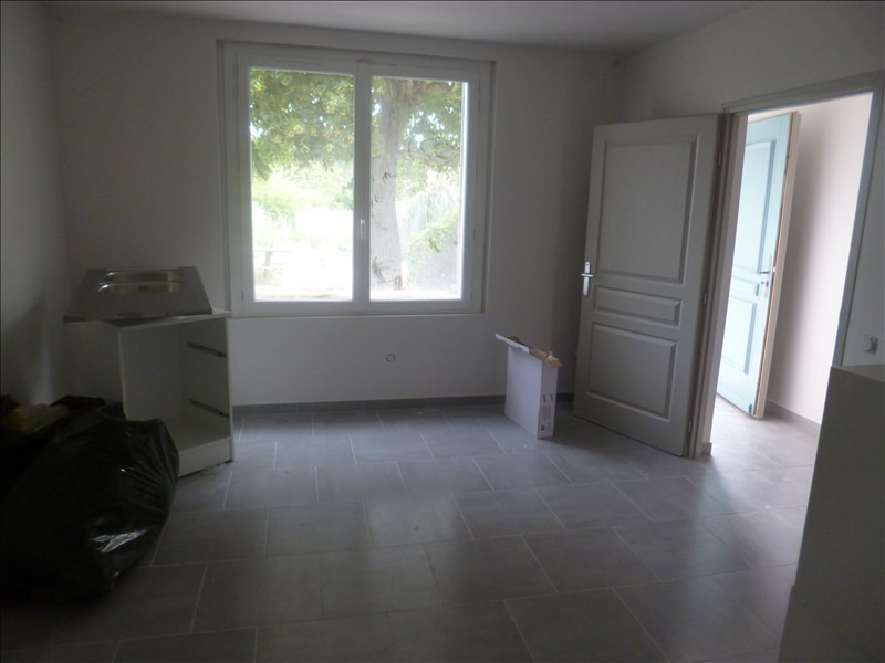 Location maison / villa Mazan 990€ CC - Photo 4
