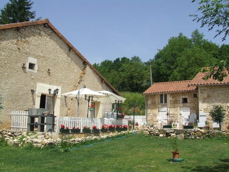 Sale house / villa Proche brantome 222900€ - Picture 1