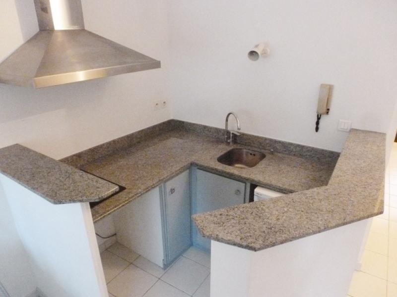 Location appartement Avignon 470€ CC - Photo 3