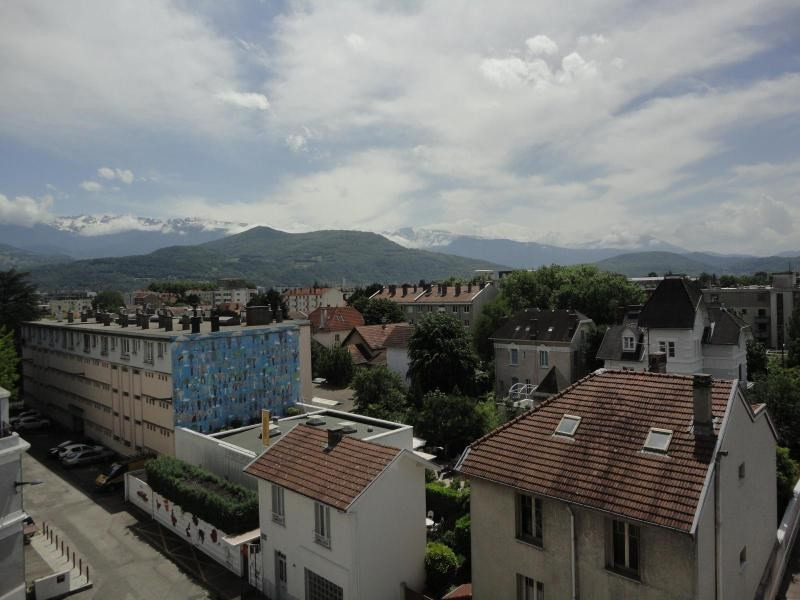 Location appartement Grenoble 700€ CC - Photo 2