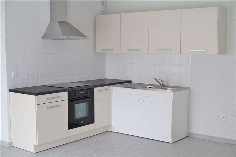 Rental apartment Gelos 565€ CC - Picture 2