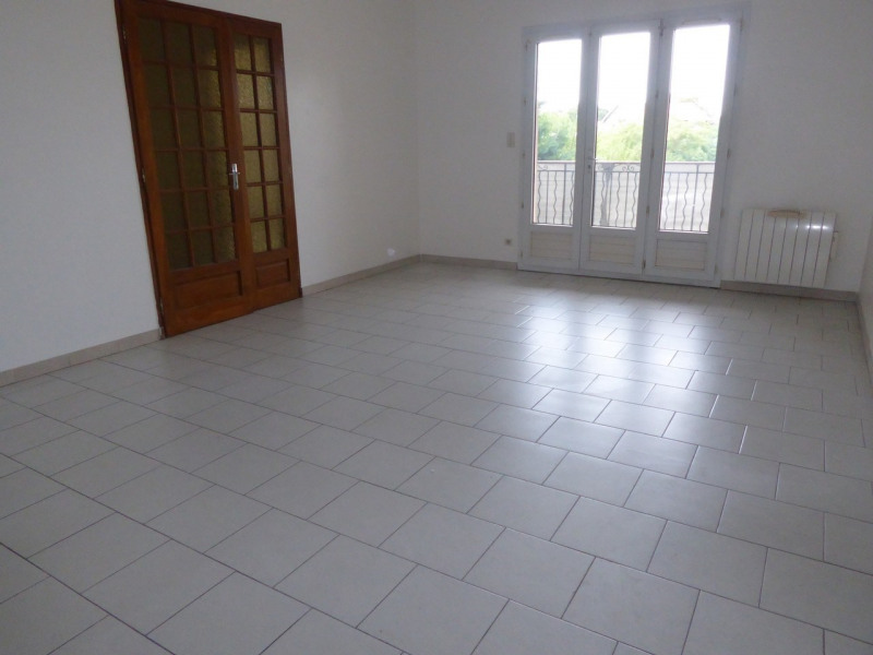 Location maison / villa Vogüé 618€ CC - Photo 5