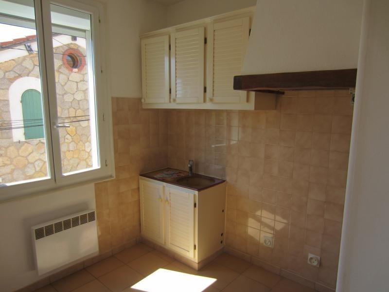 Rental apartment Tamaris sur mer 500€ CC - Picture 1