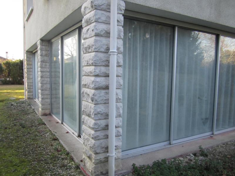 Sale house / villa Barbezieux saint hilaire 171600€ - Picture 2