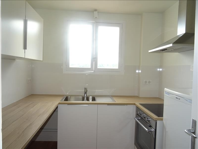 Rental apartment Marly le roi 1050€ CC - Picture 2
