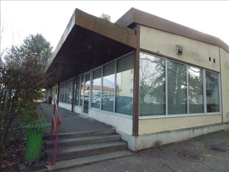 Sale empty room/storage Cran gevrier 270000€ - Picture 1