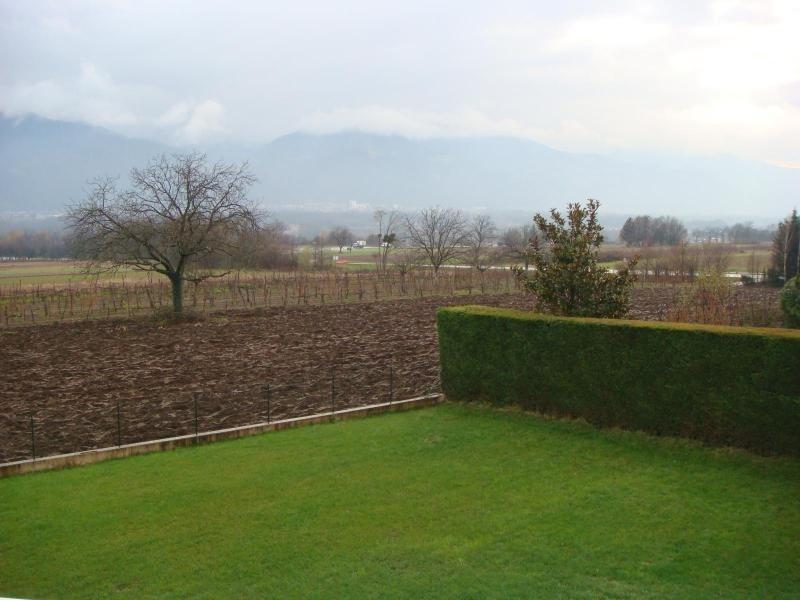 Location maison / villa St ismier 1700€ CC - Photo 9