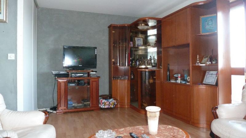 Sale apartment La rochelle 118800€ - Picture 4