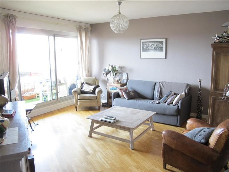 Sale apartment Courbevoie 445000€ - Picture 1