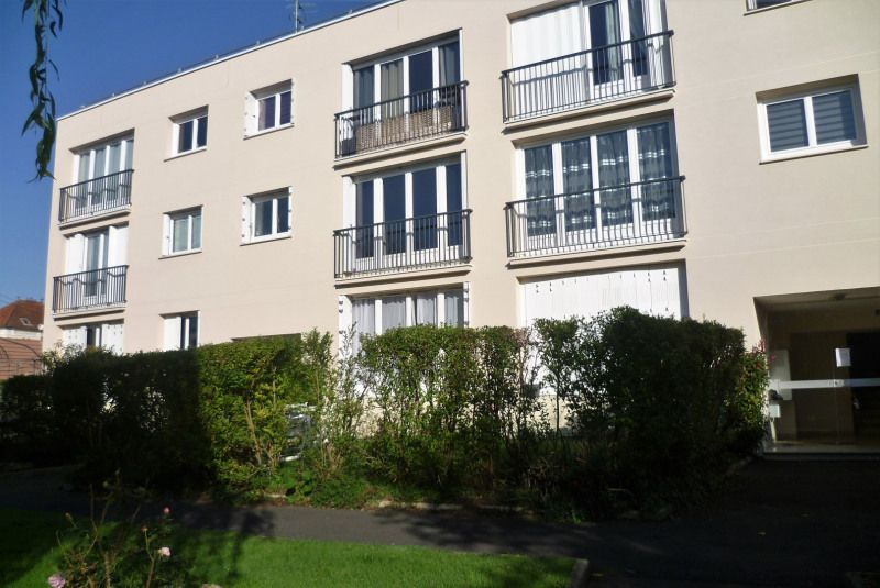 Sale apartment Montlignon 130 000€ - Picture 3