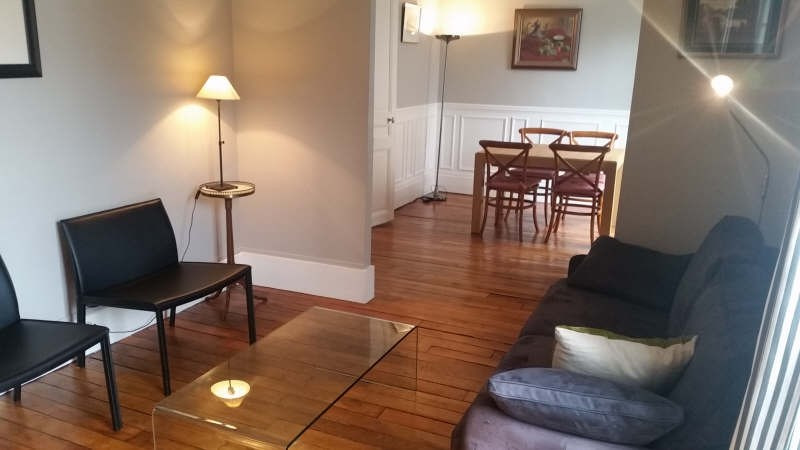 Rental apartment Paris 7ème 1 780€ CC - Picture 2