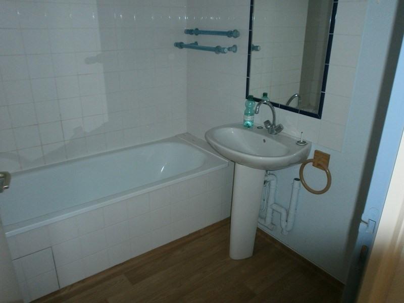 Location appartement Rodez 382€ CC - Photo 3