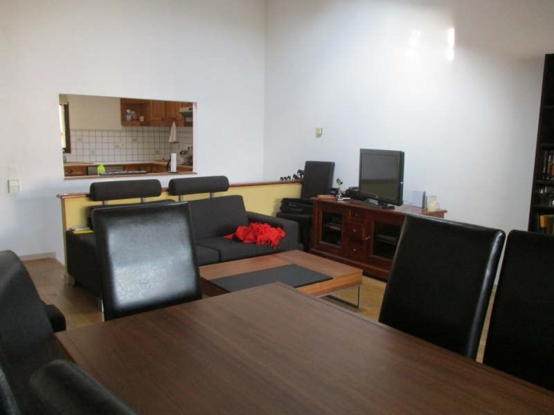 Sale apartment Nimes 168 000€ - Picture 2