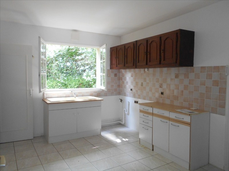 Location appartement Le mesnil le roi 740€ CC - Photo 3
