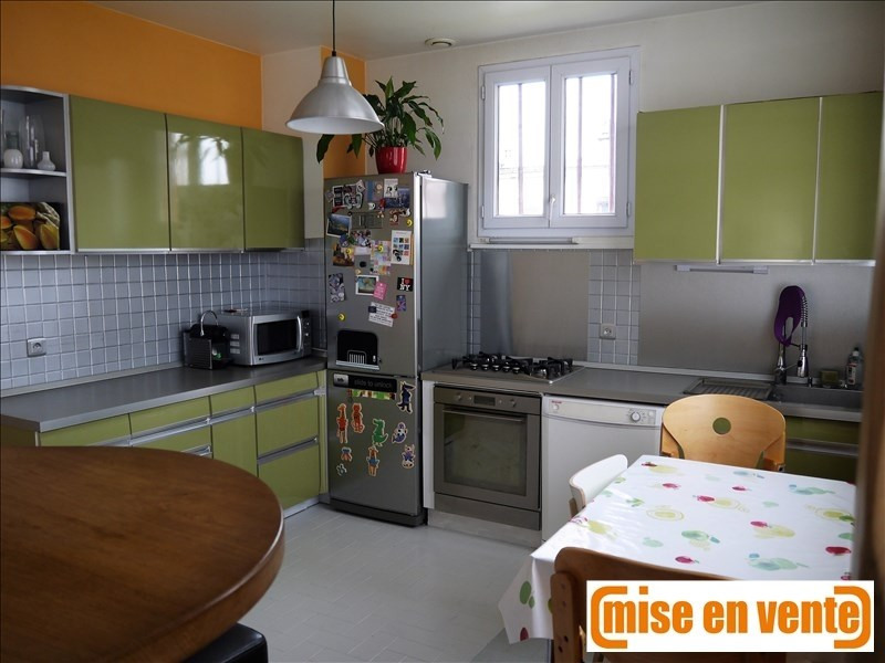 Sale house / villa Neuilly sur marne 545000€ - Picture 3