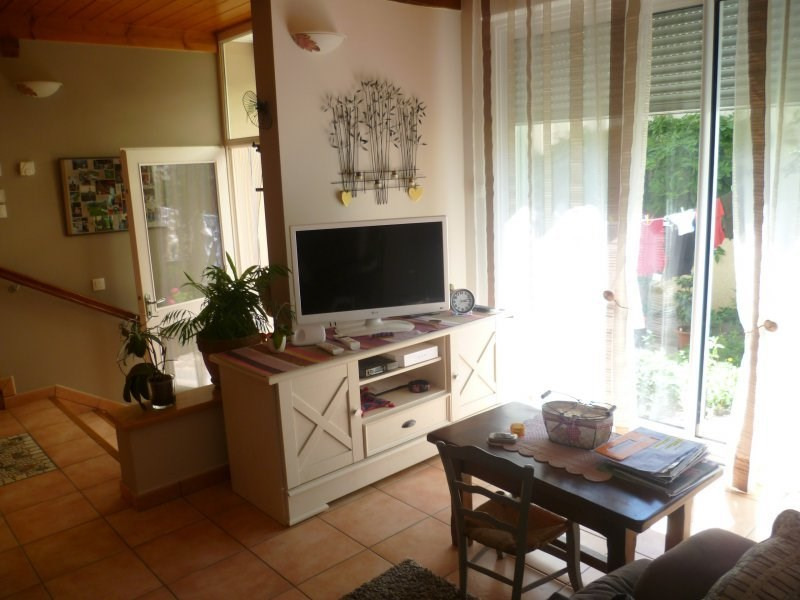 Vente maison / villa St laurent de chamousset 165 000€ - Photo 2