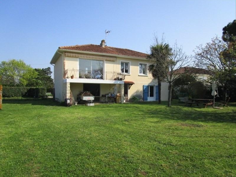 Sale house / villa Blaye 222800€ - Picture 1