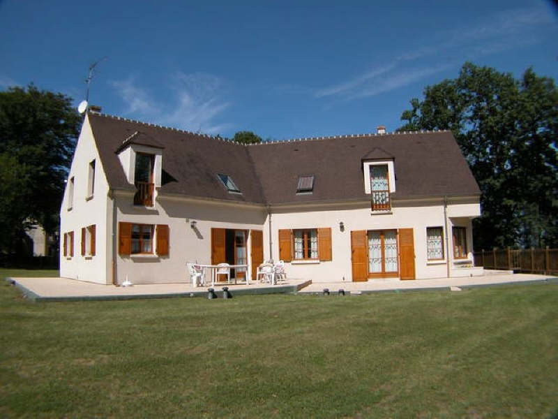 Deluxe sale house / villa Region de montfort 669 000€ - Picture 2
