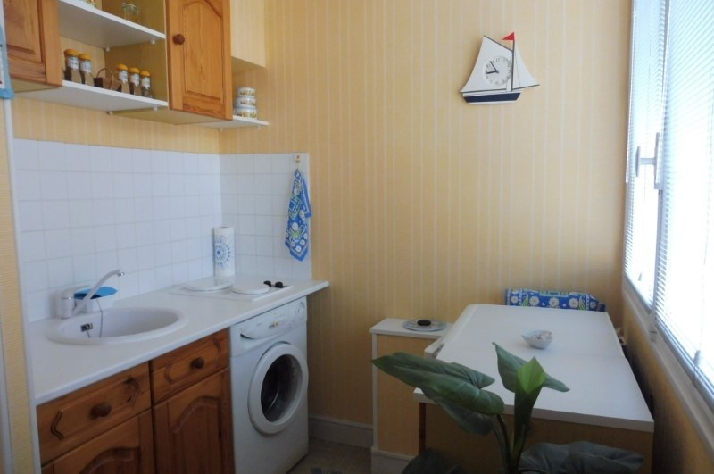 Investment property apartment Royan 80 250€ - Picture 3