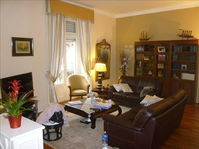 Sale apartment Pau 250 000€ - Picture 1