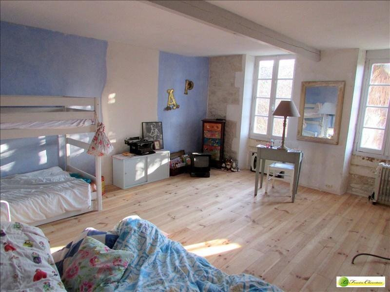 Vente maison / villa Gourville 210 000€ - Photo 13
