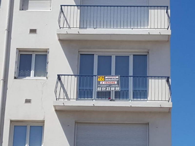Sale apartment Les sables d olonne 199000€ - Picture 2