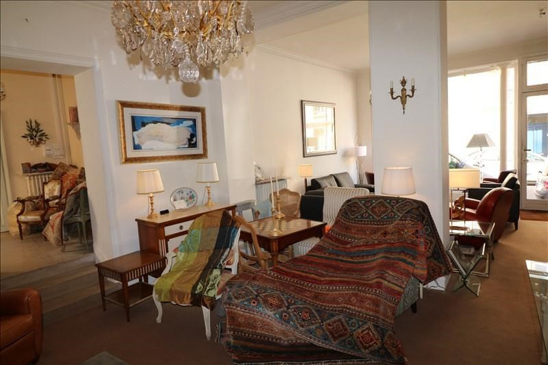 Rental empty room/storage Versailles 6980€ +CH - Picture 3
