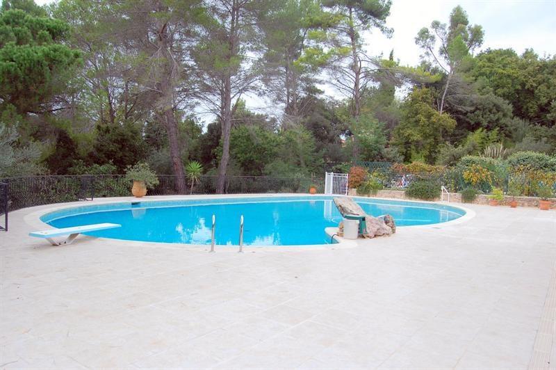 Vente de prestige maison / villa Bagnols en forêt 655000€ - Photo 5