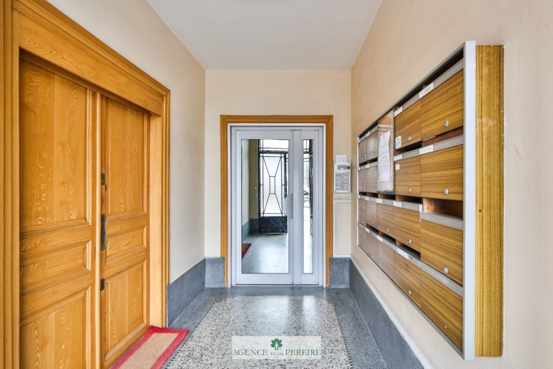 Sale apartment Courbevoie 385000€ - Picture 5