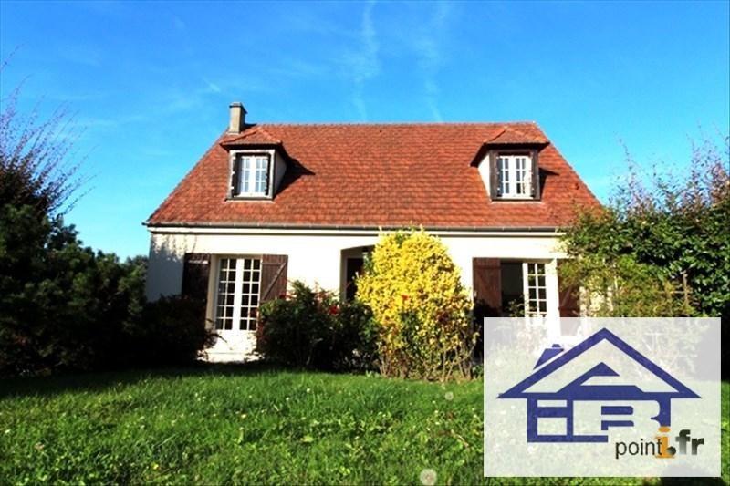 Sale house / villa Mareil marly 690000€ - Picture 1
