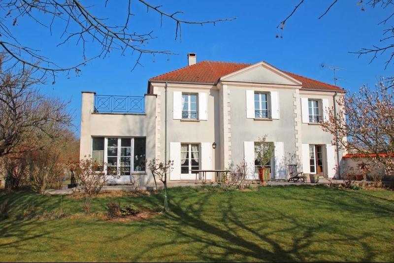 Deluxe sale house / villa Mandres les roses 770000€ - Picture 1