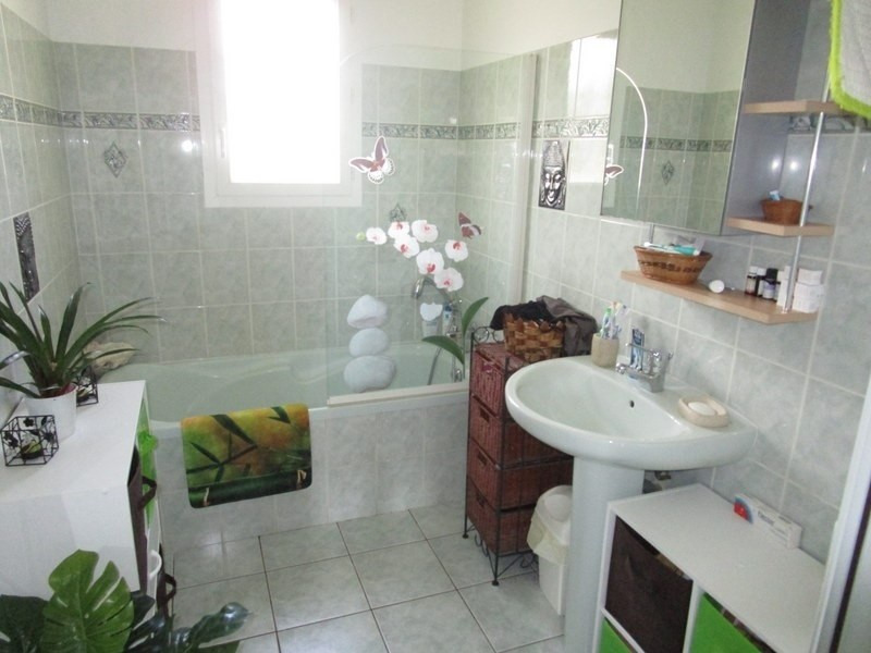 Sale house / villa Douzillac 175000€ - Picture 5