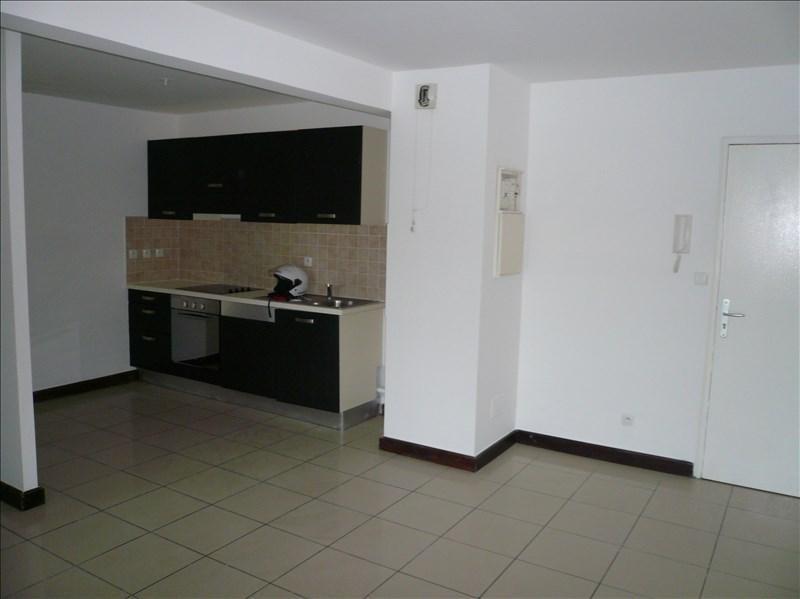 Sale apartment La possession 111000€ - Picture 2