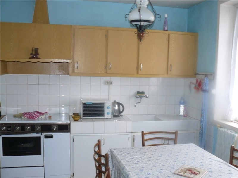 Sale house / villa Josselin 64800€ - Picture 4